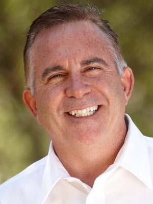 Kerry Lemos CEO de Retail Pro International