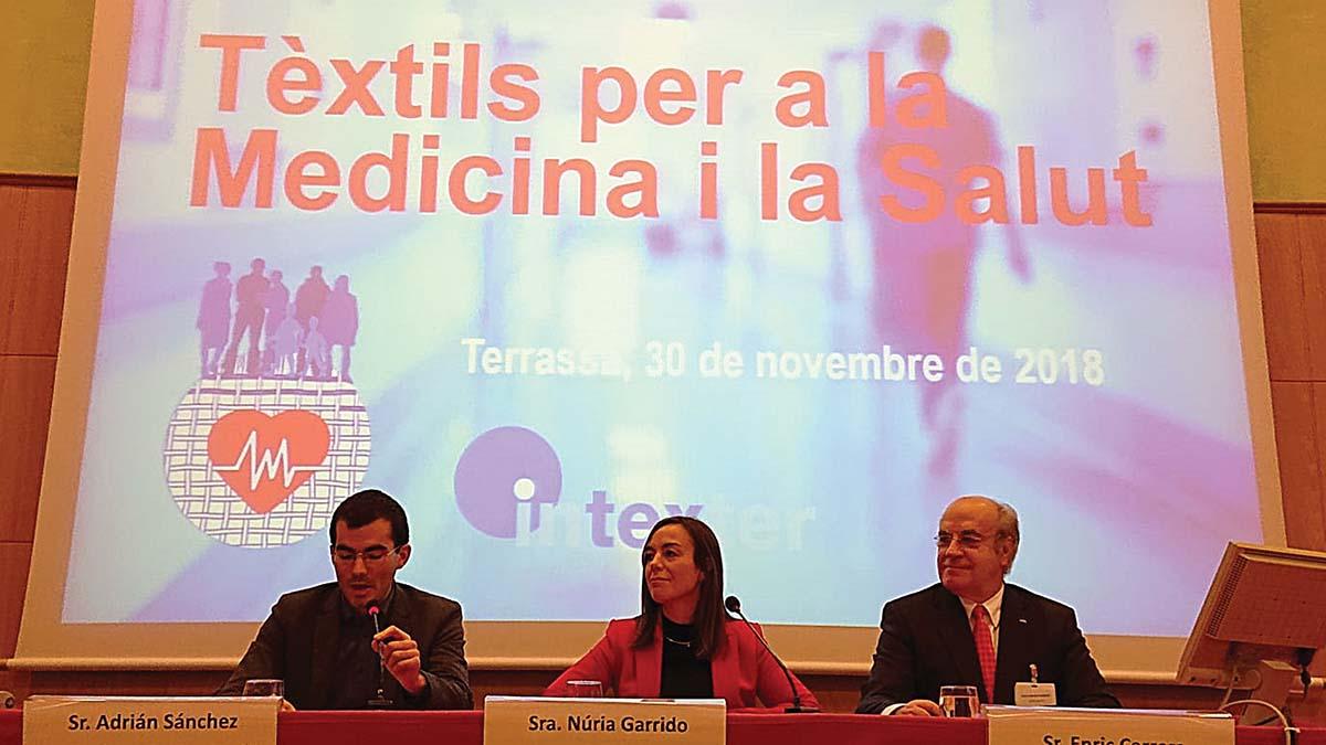 Acto-inaugural-de-la-Jornada-Textiles-para-la-Medicina-y-la-Salud