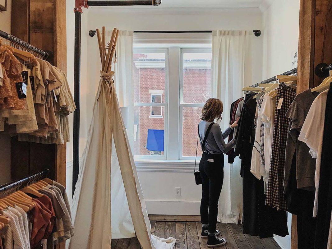 Un informe de Modacc y Kantar revela que el consumo de moda empieza a recuperarse muy lentamente