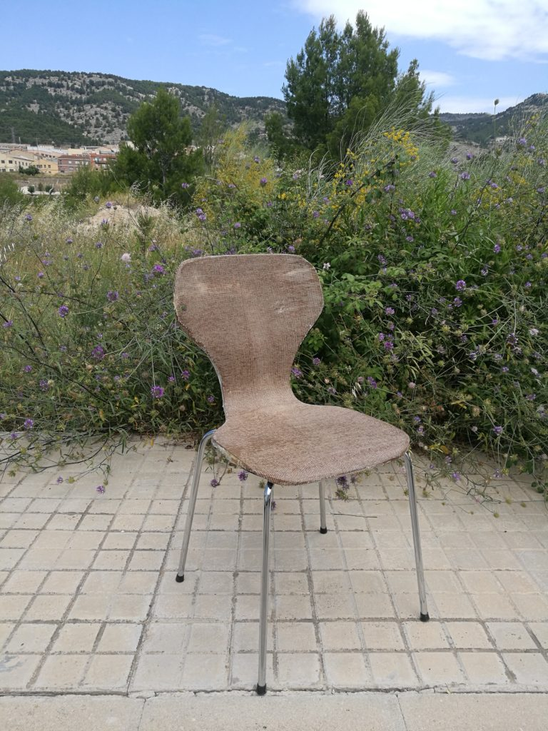 Prototipo silla proyecto ECO&TECNO CARPET con residuos alfombras