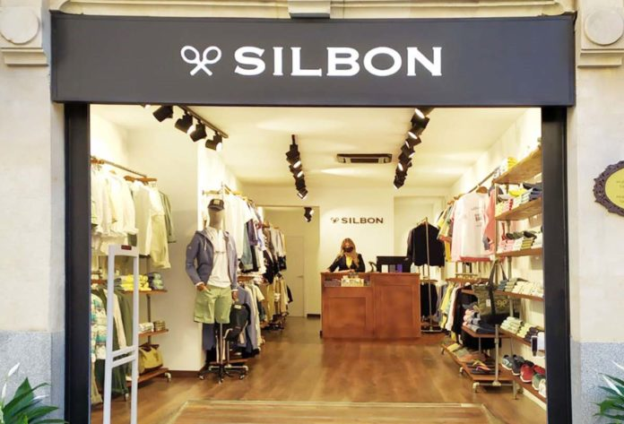 Silbon sube la persiana en Salamanca